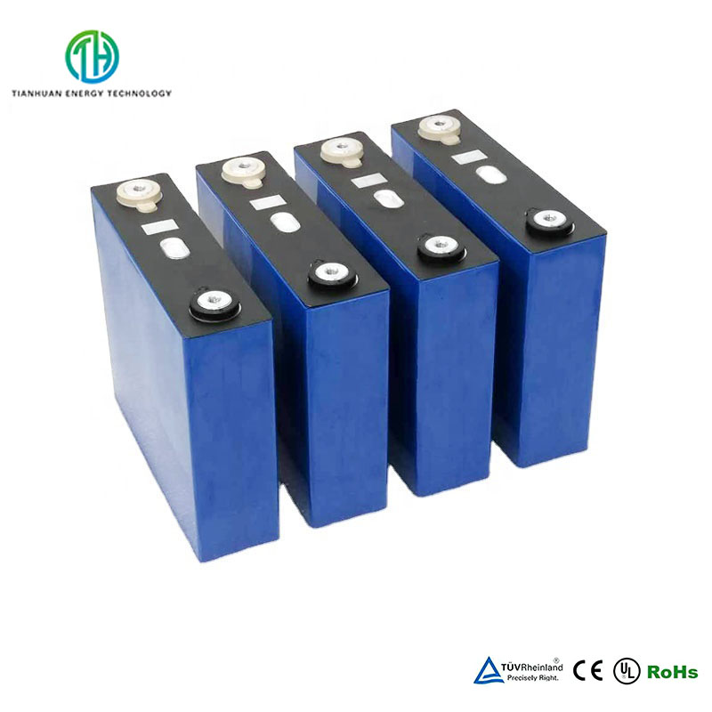 3.2V 120Ah LiFePo4 Cells Prismatic Rechargeable Battery