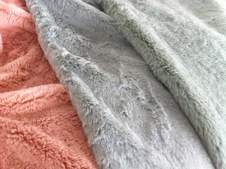 Polyester High-pile Faux Fur 370 GR/M2