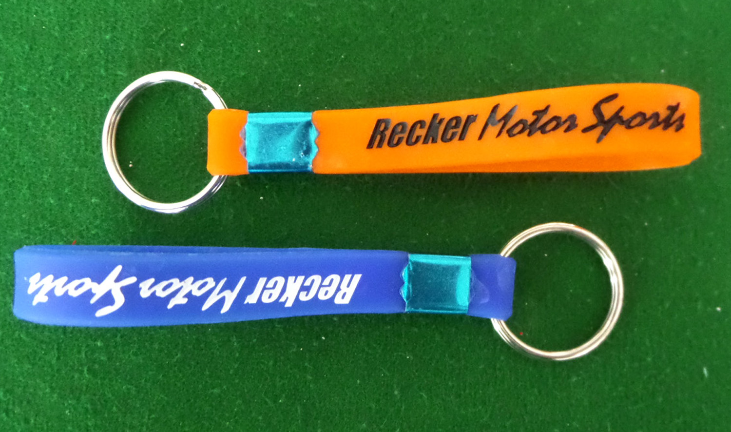 Debossed painted silicone keychain for party
