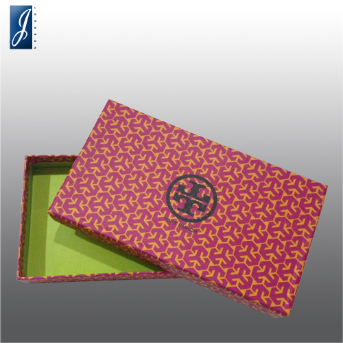 Customized small gift box for TORY