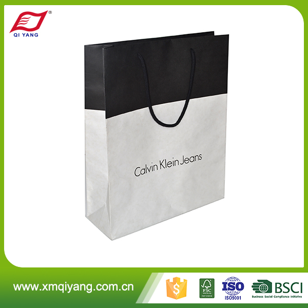 Luxury promotional high quality recycled gift paper bag with logo