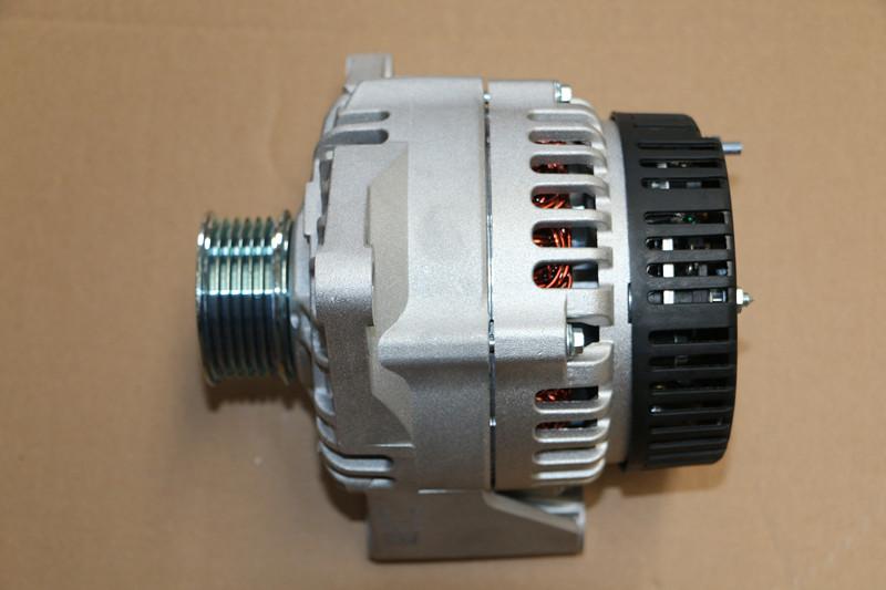 Engine parts VG1246090017 Alternator Sinotruk spare parts Howo truck parts Foton truck parts