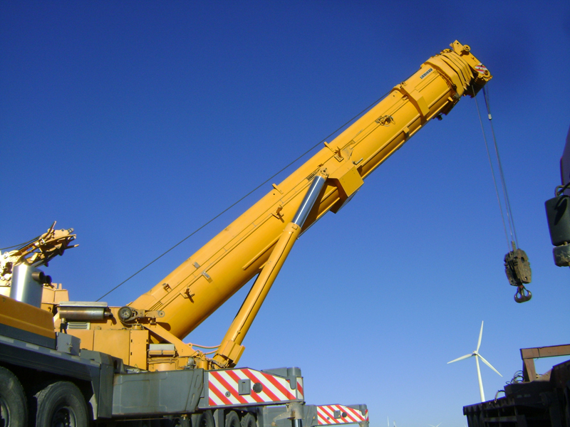 Used 500 ton Liebherr LTM1500 mobile truck mounted crane of nice condition for sale