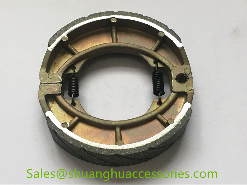 GN125 Brake shoe for Suzuki motorcycle,brake lining with groove,weightness of 248g