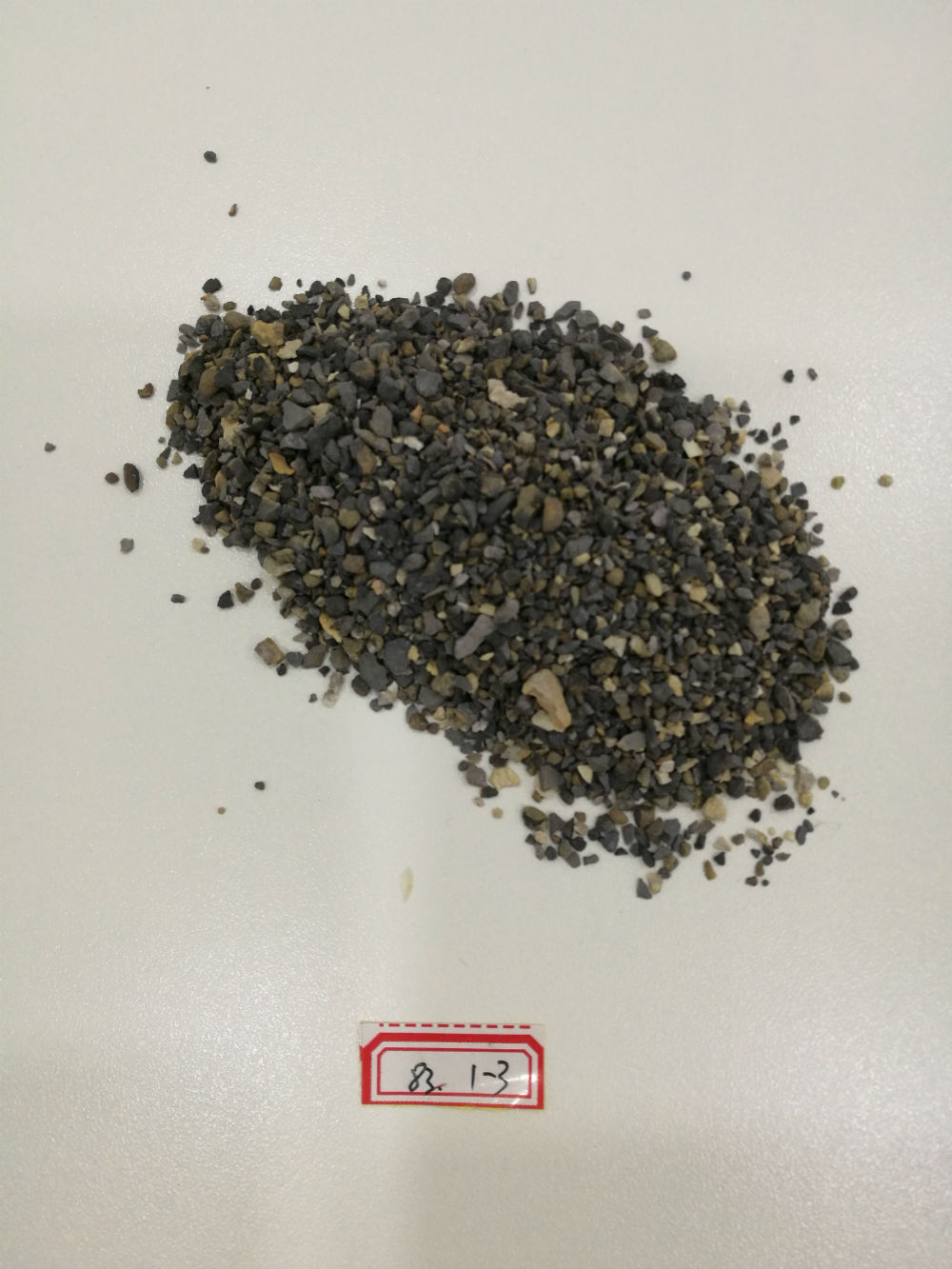 Calcined bauxite for high friction surface application