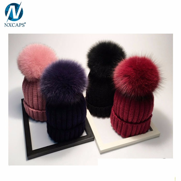 100% Acrylic yarn winter ski pom bobble hat fur pom beanie hat