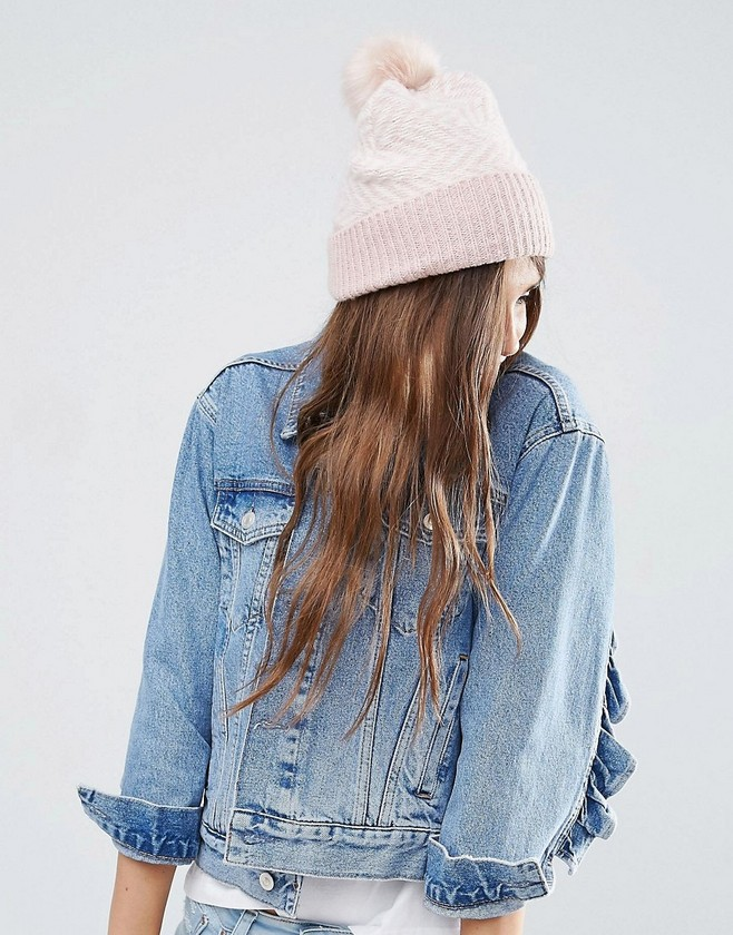Pink 100%Acrylic Winter Fashion Cable Knitted Beanie With Pom Pom