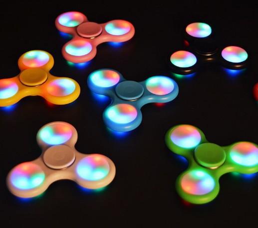 Factory price anti stress hand spinner fidget spinner 608 bearing