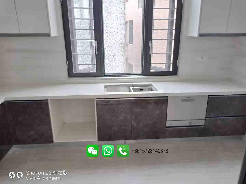 Foshan weimeisi white grain engineered stone mirror fleck artificial quartz products for countertop