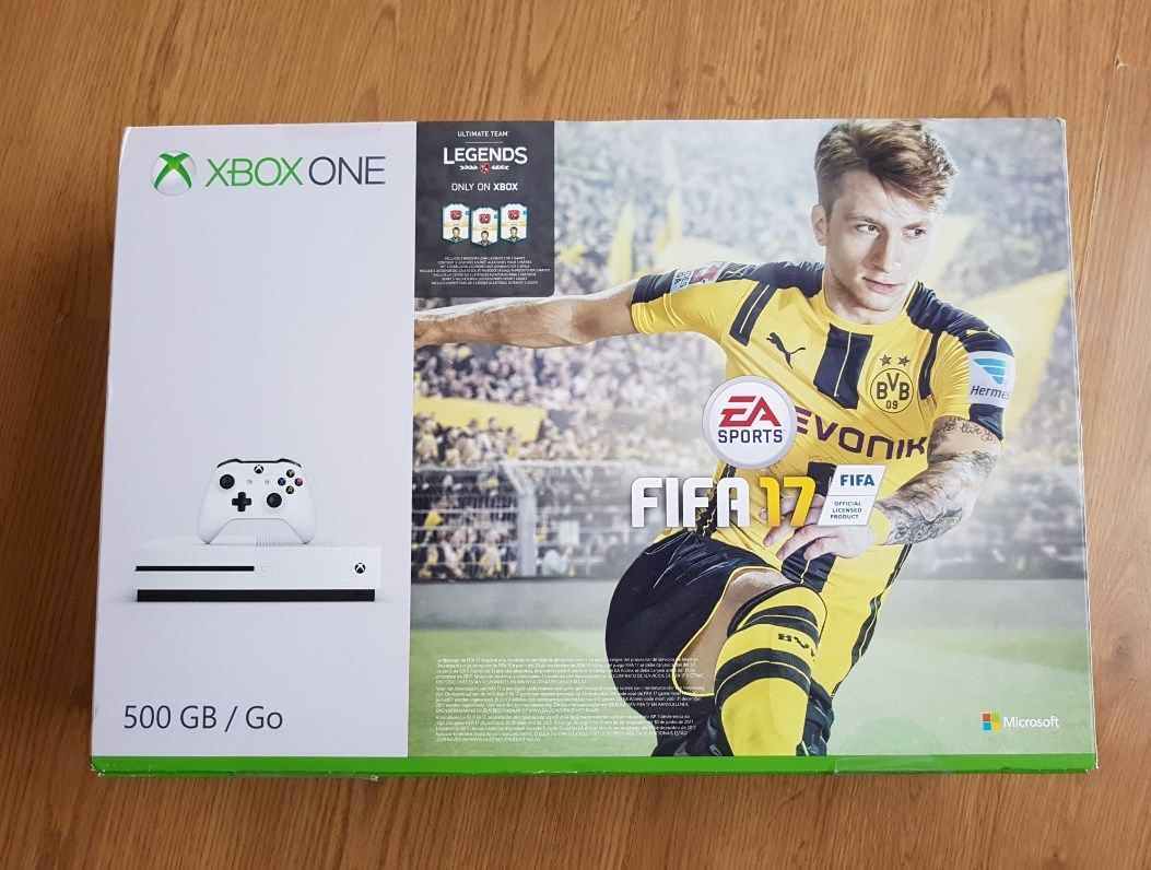 Xbox One S 500GB Console with FIFA 17 Game