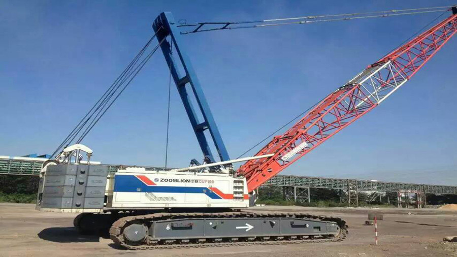 Zoomlion QUY160 160 ton 70 ton crawler crane for sale, nice condition and best price