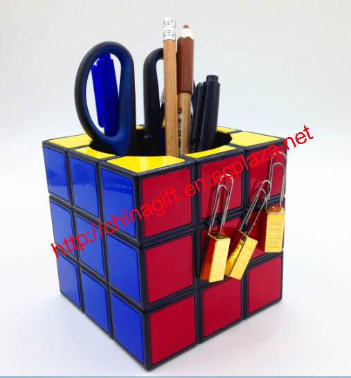 Rubiks Cube Pen Holder