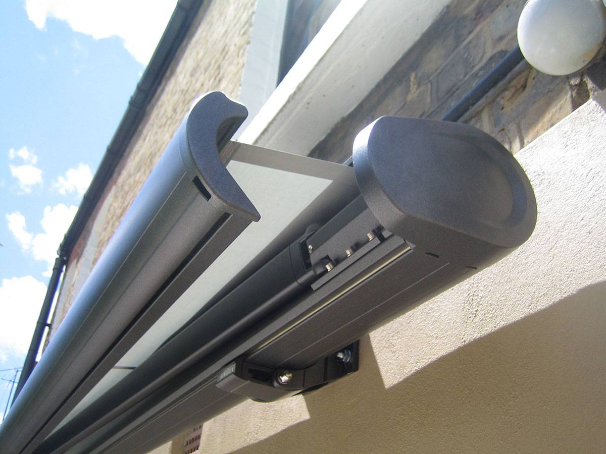 Retractable AwningFull Cassette Awning Electric