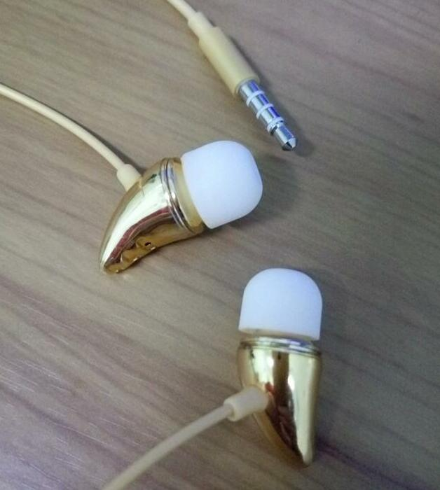 fashion Gremlins headphone 2017 best sellers metal earphone mobile-phone headphone in-ear earphone