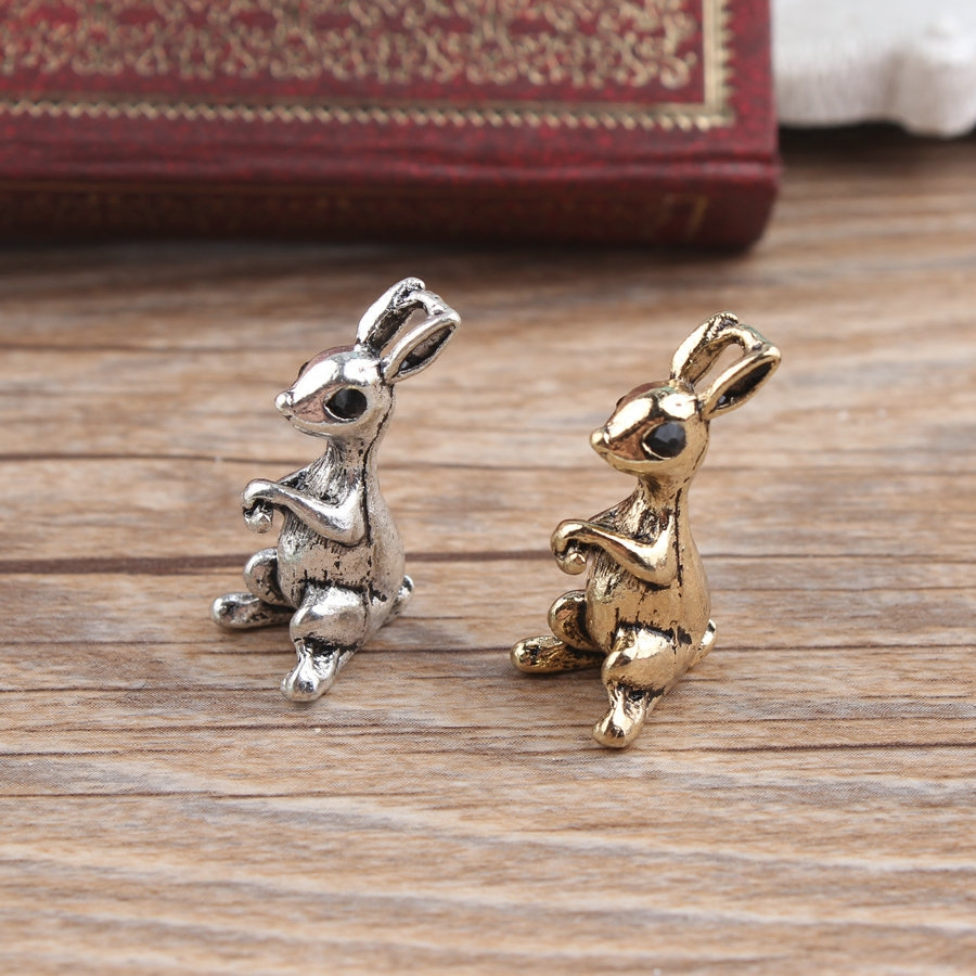 Ancient Gold Silver Alice Rabbit Alloy Jewelry Accessories