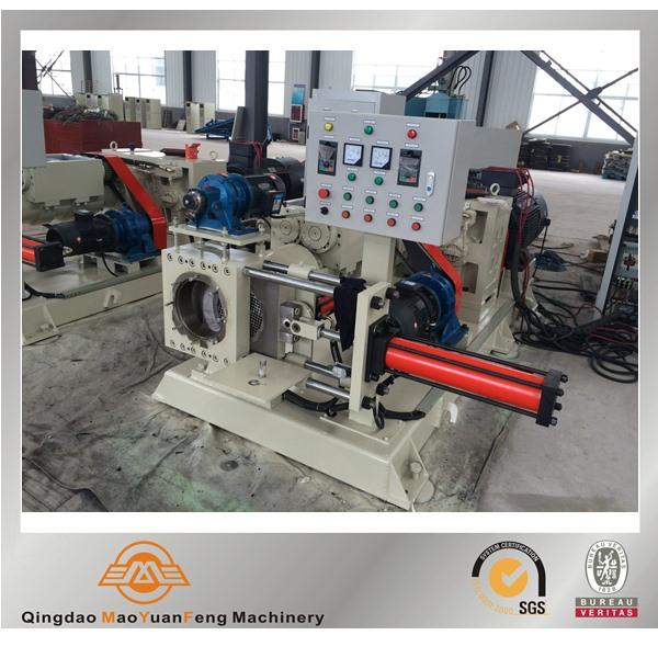 Rubber strainer filtering machine