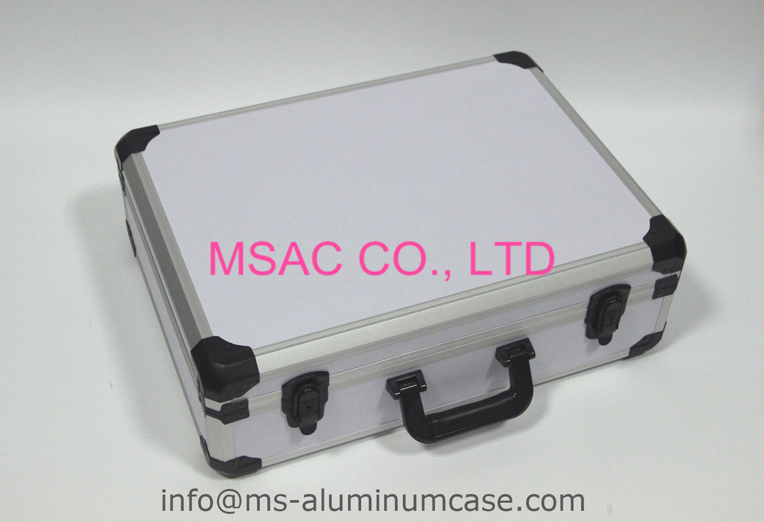 New Design For Quadmotor Aluminum White Carrying Caese