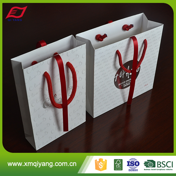Wholesale high quality promotional custom logo gift packaging bag