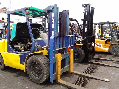 Used Komatsu 5ton Forklift 7t 8t 25t 40t for hot sale