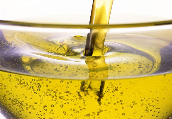 Refined and Crude Rapeseed Oil