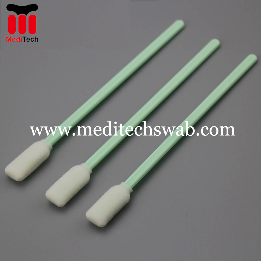 Foam tipped cleaning swabs