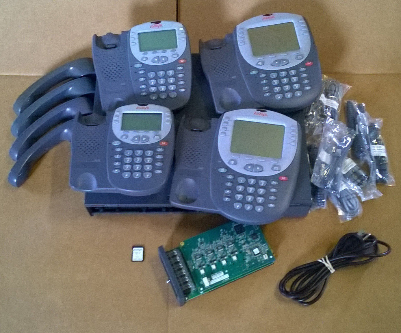 Avaya IP Office 500 V2 Business Phone System VMail 700476005 2 4610s 2 4621SW IP