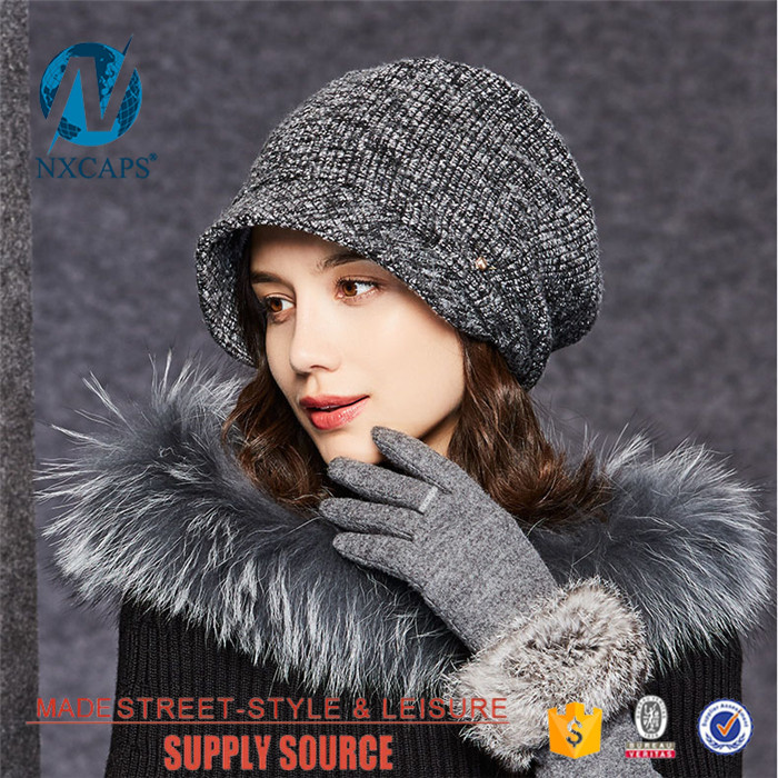 Wholesale cable knit cuff beanie hat short bill lady free knitted beanie hat metal button baby beani