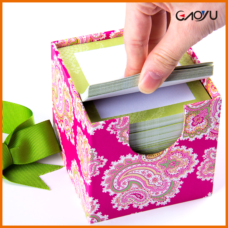 Cube style sticky memo pad gift flag set with stationery holder Box Pack paper Sticky Notes