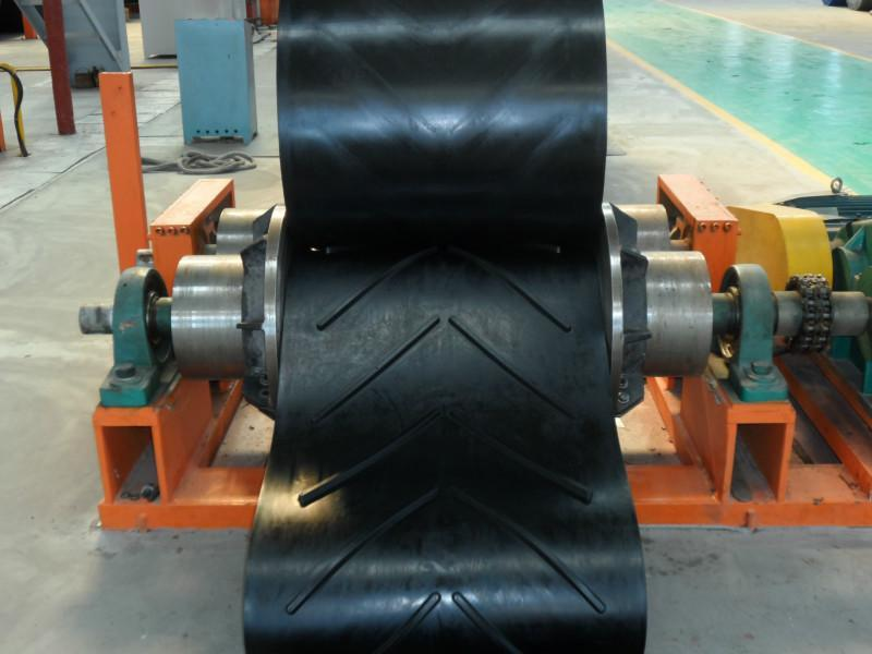 Hot selling pvc conveyor belt in diamond pattern for free samples from China manufacturer