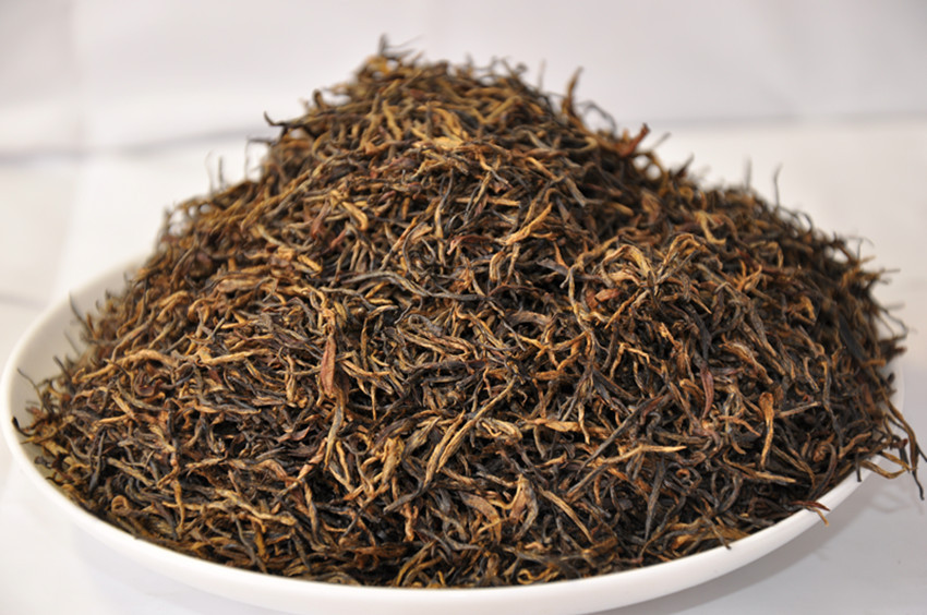 100% organic Natural Black tea from china
