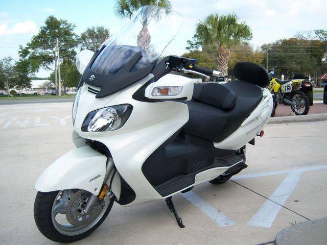 2011 suzuki burgman 650 executive - pt. bahana cahaya sejati