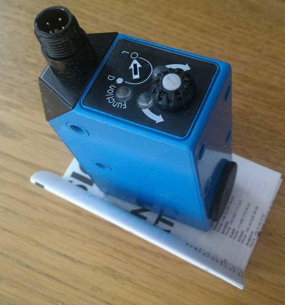 sickHL18-P4A3AA Order number: 1070985 Product family: SureSense Product family: Photoelectric senso