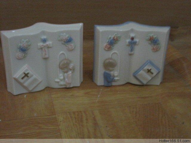 Ceramic Bible Book, nativity sets, Religious crafts, Souvenirs