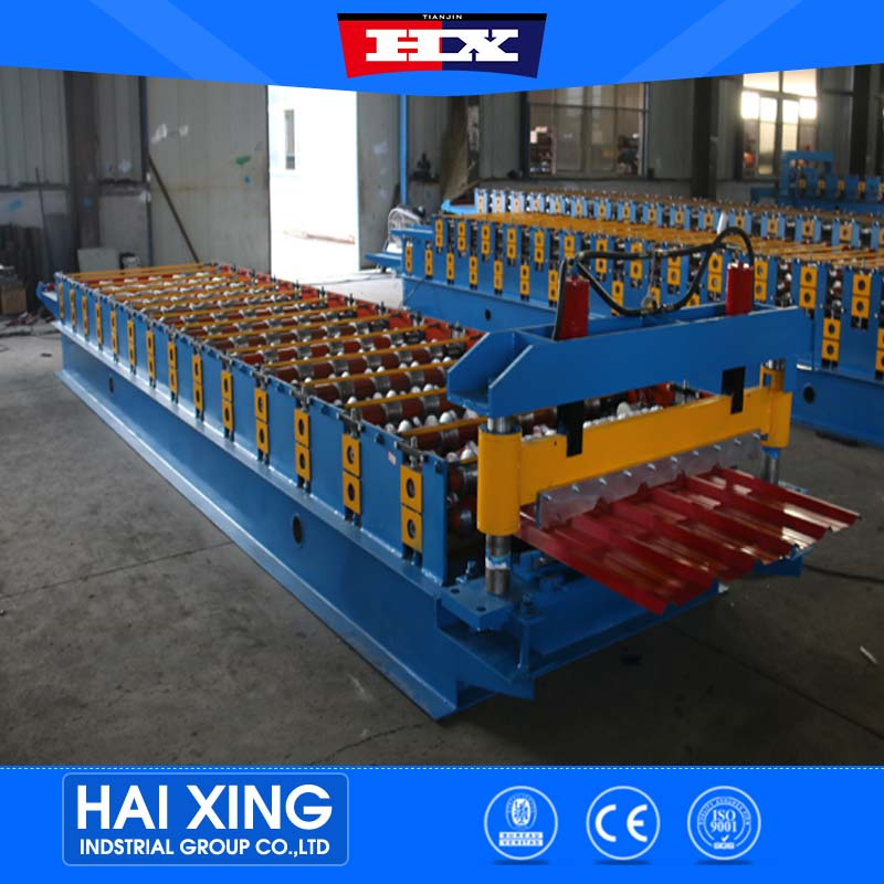 Roof and wall metal sheet roll forming machine