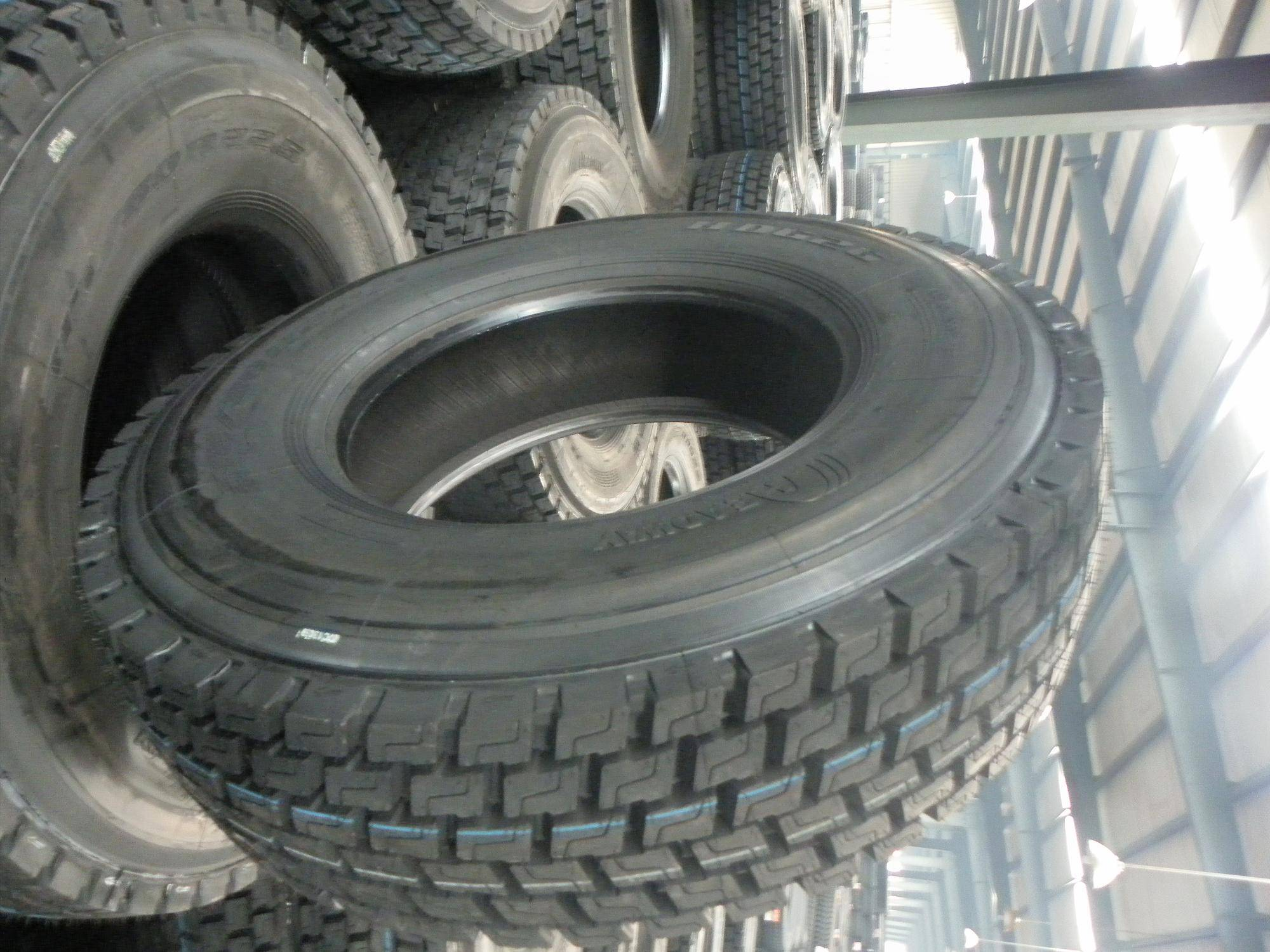 What are some reviews of Headway tires?