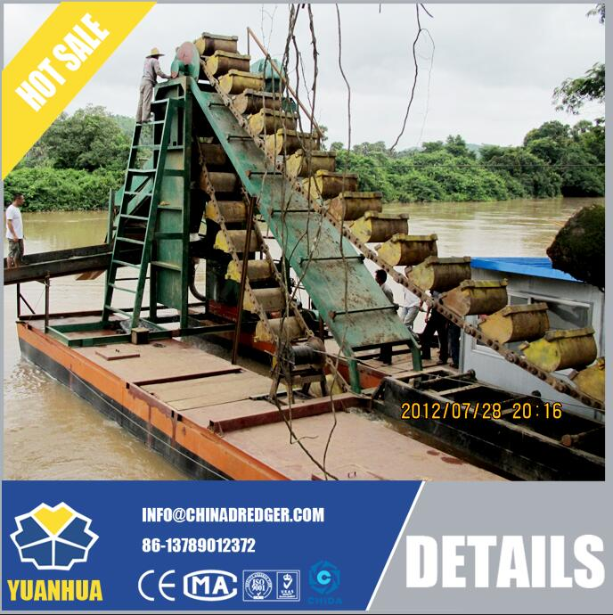 Gold Mining Dredger with Efficient Excavator Buckets Chain