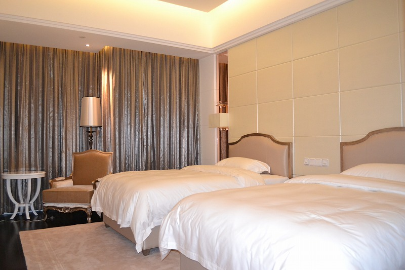 China Sichua Creation Environmental friendly Hotel Bedroom commercial Furniture manufacture supplier