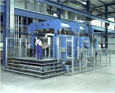 hydroforming machine