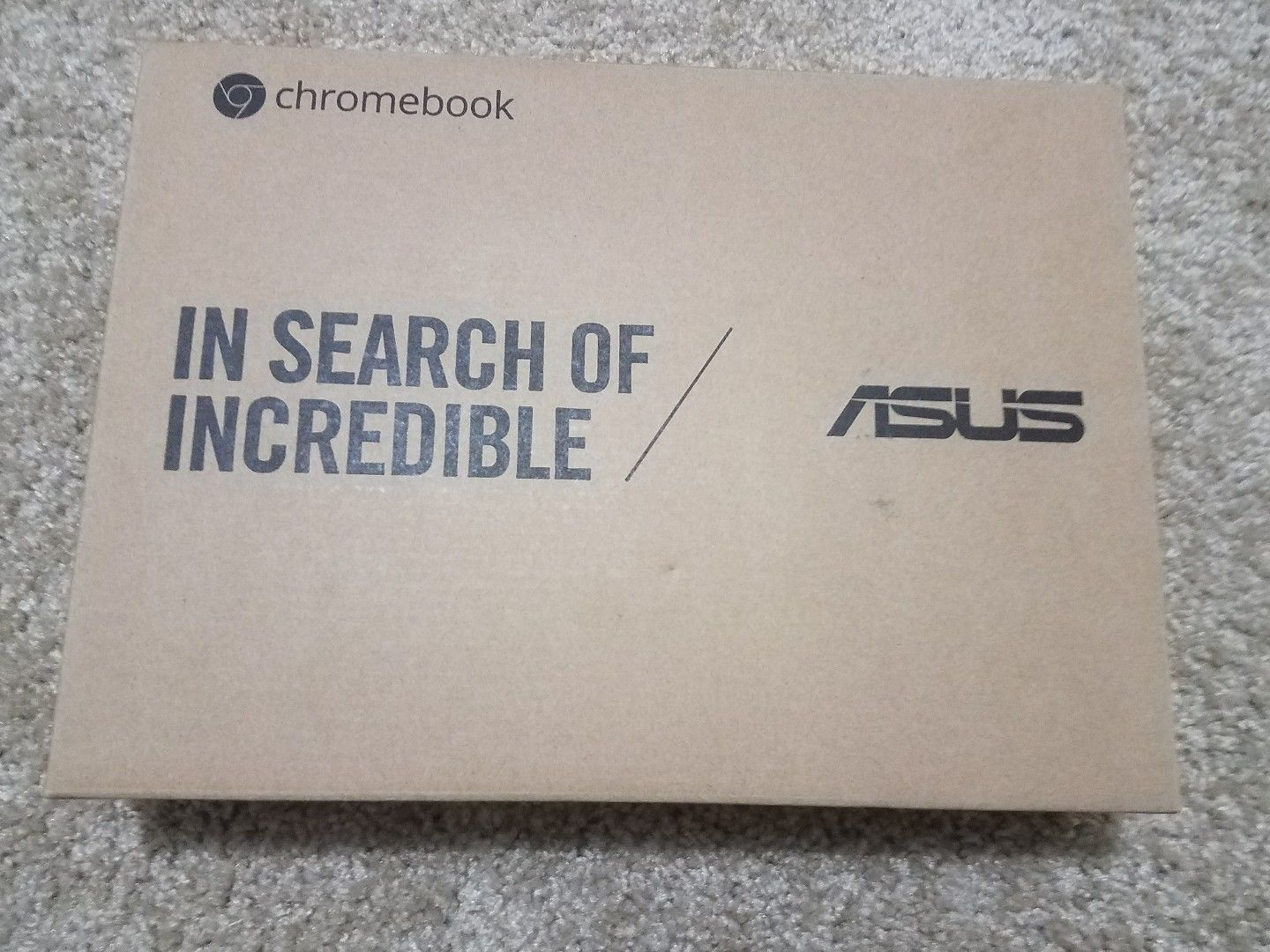 """Asus Silver 10.1"""" Chromebook Touch Screen 2-in-1 Rockchip 2GB Memory"""
