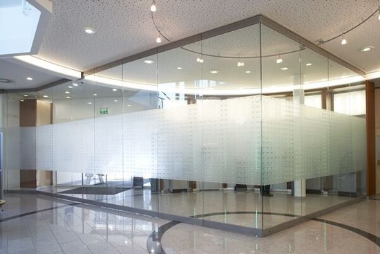 Thickness 3-19mm size per customer requirements plain tempered glass for sale