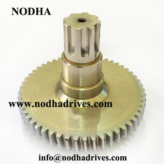 Splined shaft gear