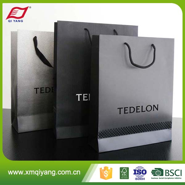 Customized high quality creative paper shopping bags with handle