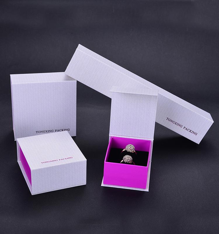 Good-Looking Exquisite Heart Jewelry Box
