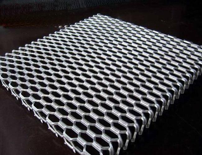 aluminum mesh panel