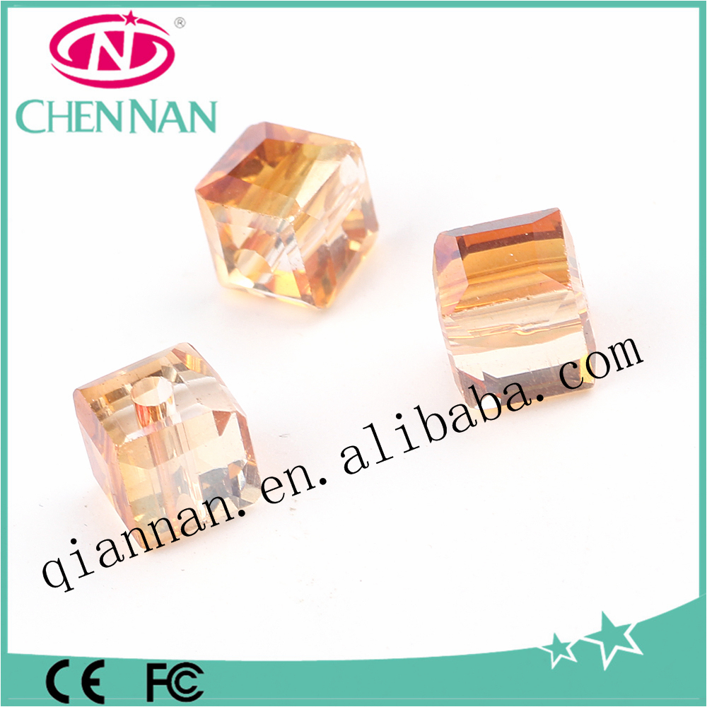 2017 high quality matsuno gold yellow cube crystal beads for sale