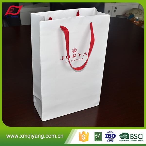 Famous brand custom printed white paper bag for clothing