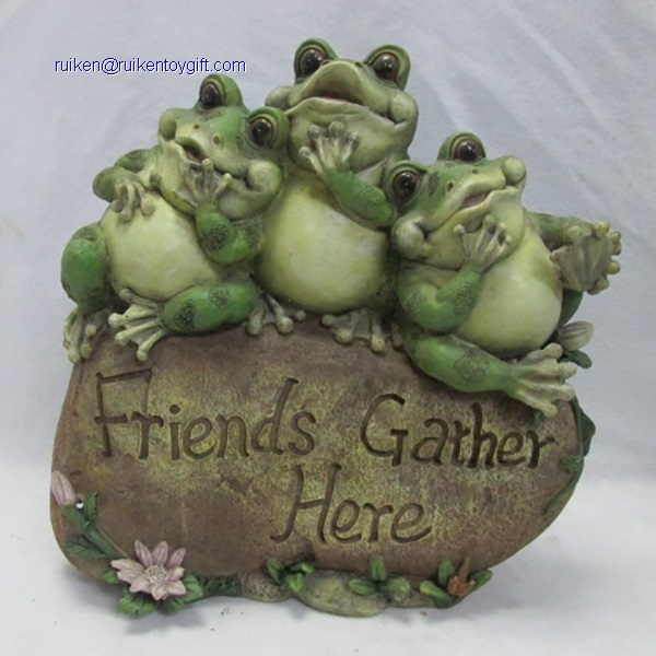 10 Inch Polyresin Three Fat Frogs Sitting on Friends Gather Here Stone