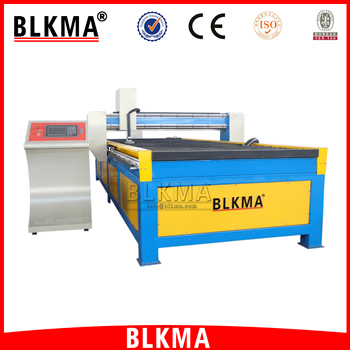 Vietnam low cost Steel Plate cnc plasma cutting machine with facotry price