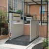 cargo lift platform with automatic sliding door