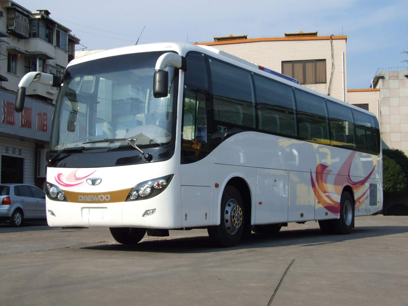 Guilin Daewoo Bus Co.,Ltd. - bus, daewoo bus, coach
